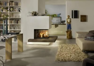 Brunner Panorama-Kamin - 51/66/50/66 grau mit brauner Keramik von Sommerhuber im offenen Wohnraum